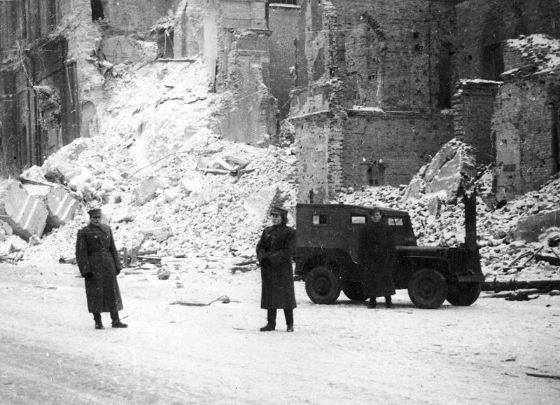 Leasing History -Willys jeep in Warsaw 1945 used by Polish Army under the lend-lease program